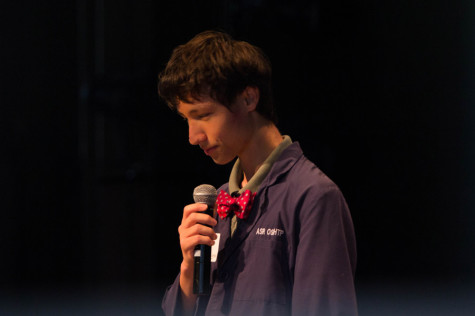 "Seabury Hall freshman (and a staff writer for ""The Seabury Tides"") Aaron Rohozinski spoke on originality. His speech sought to teach Maui youth how to create original ideas."
