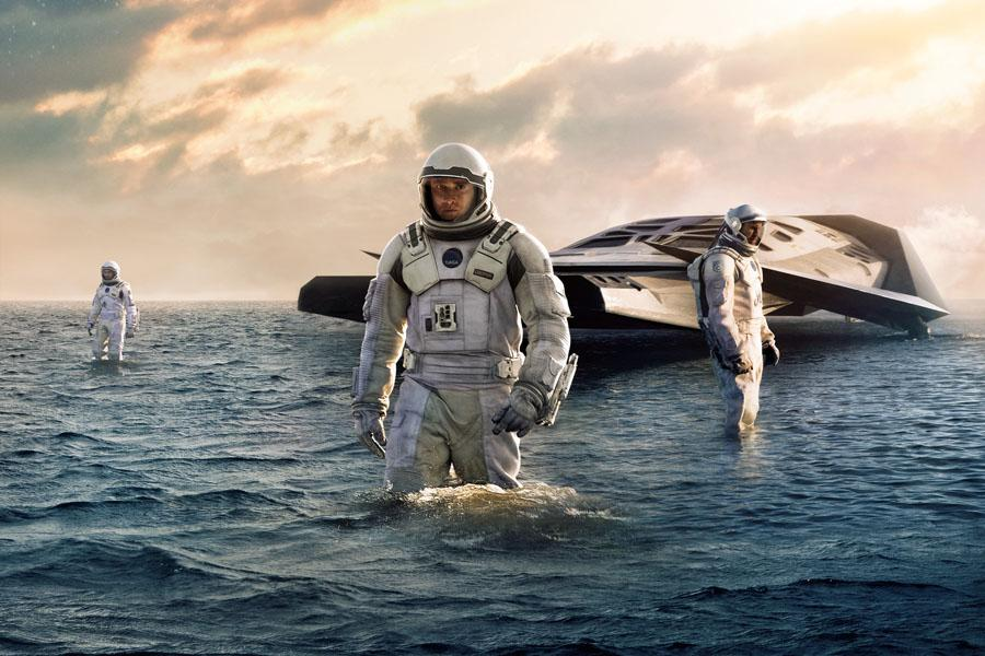 Review%3A+%27Interstellar%27%3A+Just+another+sci-fi+thriller+with+a+complex+plot