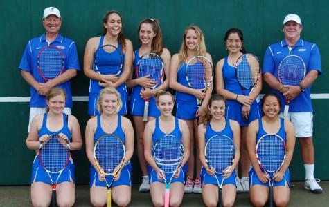 The fierce fourteen: Seabury Hall's tennis girls remain resilient despite small numbers