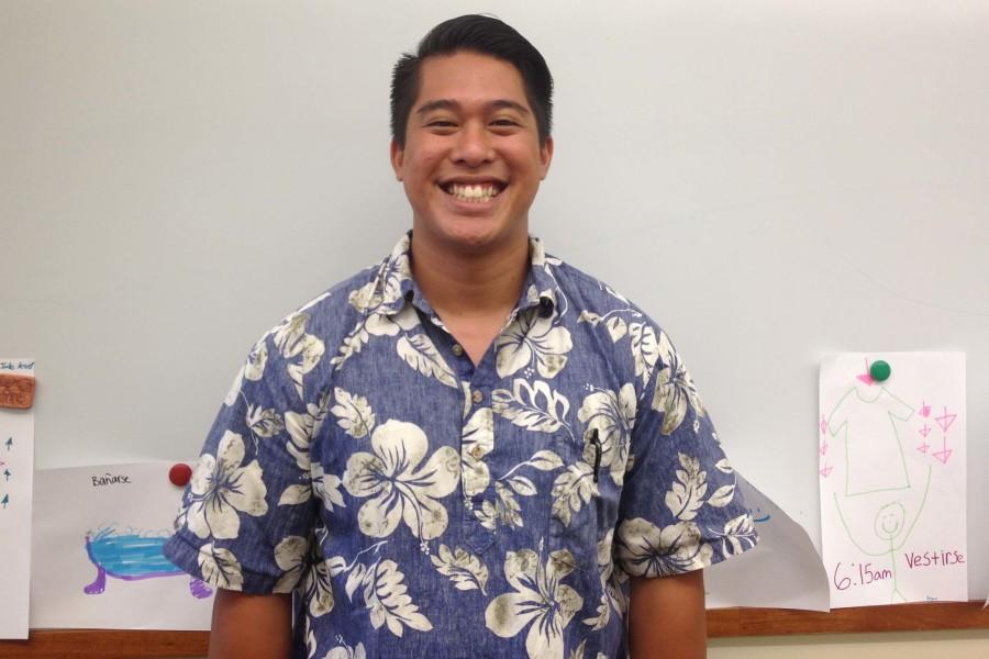 Earl+Higa%2C+Seabury+Hall%27s+new+upper+school+Spanish+teacher%2C+encourages+his+students+to+feel+comfortable+speaking+a+foreign+language+in+his+class.