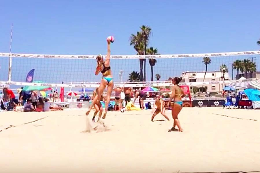 Beach+volleyball+debuts+this+year+as+a+Maui+Interscholastic+League+sport.+Senior+Amy+Ozee%2C+who+is+featured+in+this+photo%2C+stated%2C+%E2%80%9C%5BBeach+volleyball%E2%80%99s%5D+completely+different+from+what+is+expected.+It+has+the+excitement+that+indoor+volleyball+has%2C+but+it%E2%80%99s+in+a+great+area.%E2%80%9D%0A