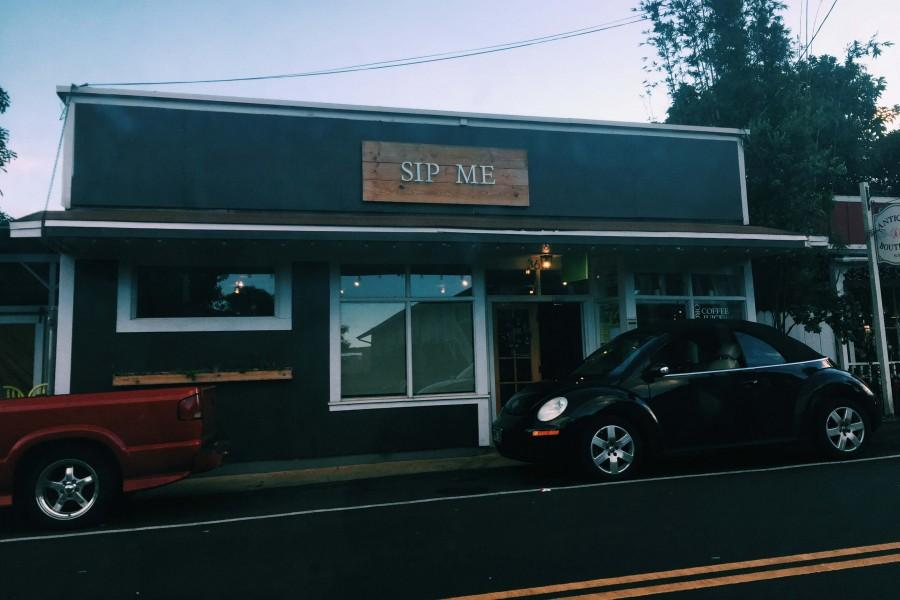 Sip+Me+on+Baldwin+Avenue+in+Makwao+has+delicious+baked+goods+and+coffee+drinks.+