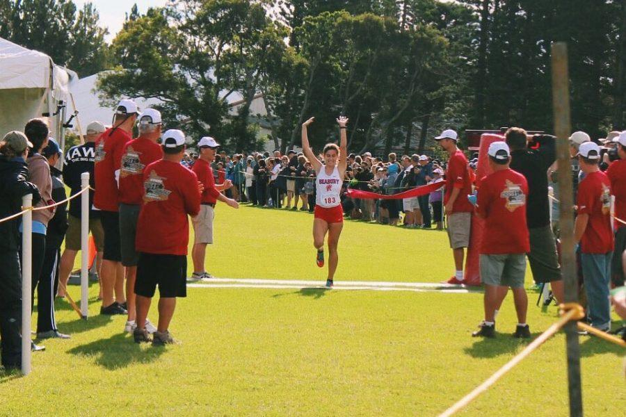 Seabury Hall junior Veronica Winham (who is a staff writer for the Seabury Tides) came in first at the 2016 Hawaii Cross Country State Championships with a winning time of 20:50. The meet was held at Hawaii Preparatory Academy on the Big Island.
